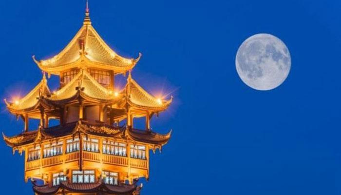 মহাকাশে 'নকল চাঁদ' বসাবে চীনা কোম্পানি