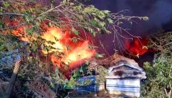 রোহিঙ্গা ক্যাম্পে পুড়ল ৩ হাজার ঘর